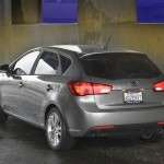 kia-forte-5-door-hatchback-2011-5